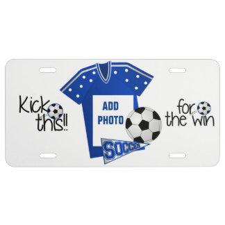 Añada la placa del fútbol de la foto