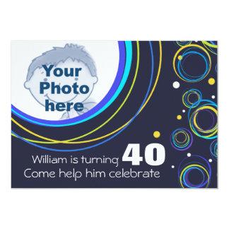 Añada su foto que el 40.o cumpleaños enrrollado invitación 12,7 x 17,8 cm