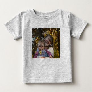 Añada su propia camiseta del bebé de la foto