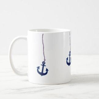 ancla de los azules marinos taza básica blanca
