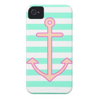 Ancla náutica de la menta en colores pastel Case-Mate iPhone 4 protector