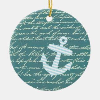 Ancla náutica en el ornamento del trullo de la tur ornamentos de reyes magos