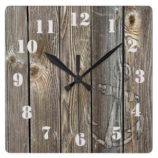 Ancla rústica del vintage en parecer auténtico de reloj cuadrado