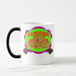 Andrea y la fábrica del chocolate taza