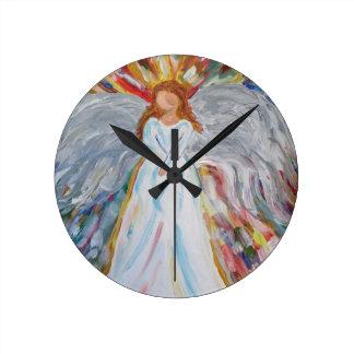 Ángel colorido reloj redondo mediano