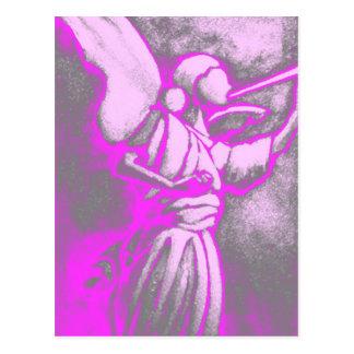 Ángel de las rosas fuertes postal