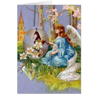 Ángel que abre un huevo de Pascua Tarjeta De Felicitación