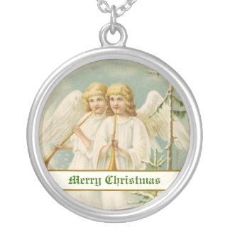 Ángeles del navidad del vintage con los bugles colgante redondo