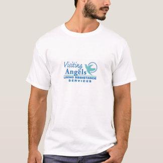 Ángeles que visitan que hacen publicidad de las camiseta