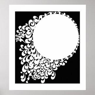 Anillo adornado blanco negro póster