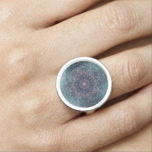 Anillo Elegante Rosa Gold Mandala Blue Nebula Stars