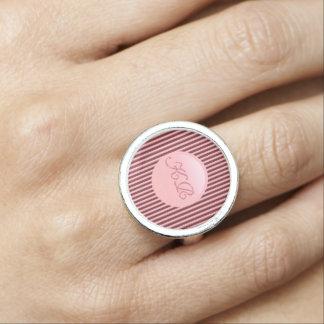 Anillo Monograma en disco del rosa color de rosa y las