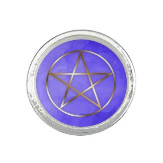 Anillo oculto de la estrella del Pentagram del oro