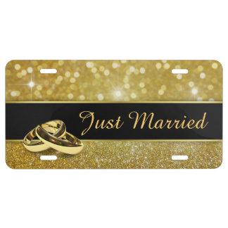 Anillos de bodas del brillo - apenas placa casada