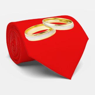 Anillos de bodas del oro en rojo corbatas
