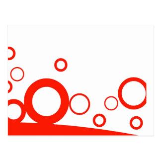Anillos rojos sobre la foto divertida de las curva postal