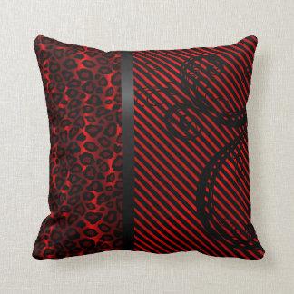 Animal del leopardo y impresión rojo oscuro cojín decorativo