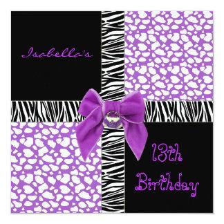 Animal púrpura de la vaca del décimotercero invitación 13,3 cm x 13,3cm