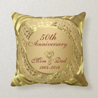 Aniversario de boda chispeante del oro 50.o cojín decorativo