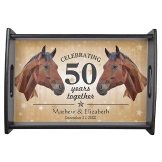 Aniversario de boda de encargo del oro 50.o del bandejas