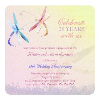 Aniversario de boda de los pares de la libélula invitación 13,3 cm x 13,3cm