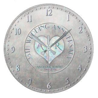 Aniversario de boda de plata del monograma del reloj redondo grande