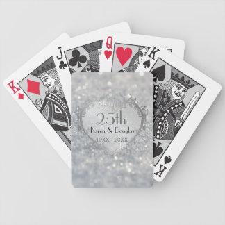 Aniversario de boda del corazón de plata de la baraja de cartas bicycle