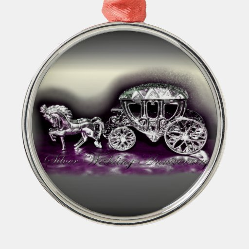 Aniversario de bodas de plata con un coche de plat ornaments para arbol de navidad