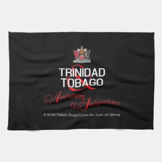 Aniversario feliz de la independencia T&T Toalla De Cocina