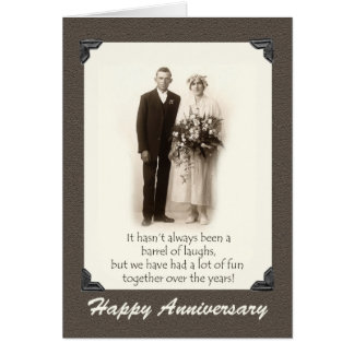 Aniversario feliz, par del vintage, humor, tarjeta de felicitación