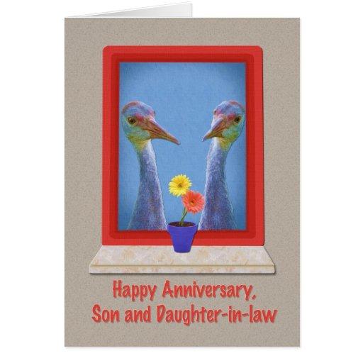 Aniversario, hijo y nuera, grúas tarjetas