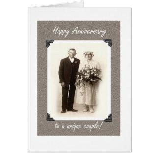 Aniversario, humor del vintage, novia y novio tarjeta de felicitación
