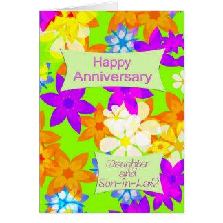 Aniversario para la hija y el yerno tarjeta de felicitación