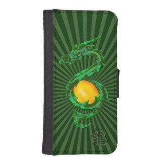 Año chino del verde de jade del dragón cartera para iPhone 5