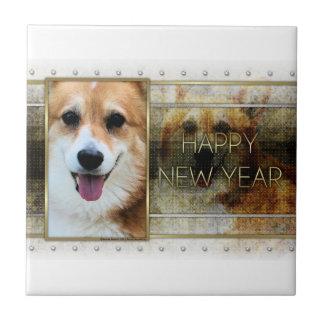 Año Nuevo - elegancia de oro - Corgi - Owen Tejas Ceramicas