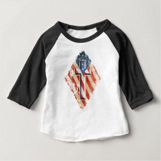 Apariencia vintage cristiana de la cruz de la fe camiseta de bebé