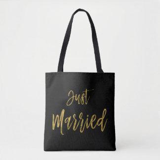 Apenas bolso casado de la playa de la novia del