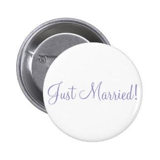 ¡Apenas casado! Botones violetas del boda del tuli Chapa Redonda De 5 Cm
