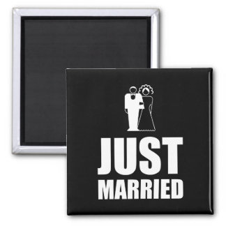 Apenas casado casando al novio de la novia imanes