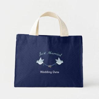 Apenas casado casando palomas bolsas