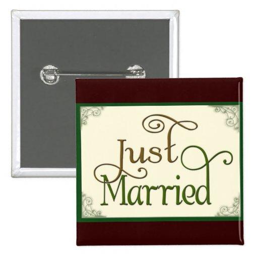 Apenas casado en fuente de la diversión del remoli pins