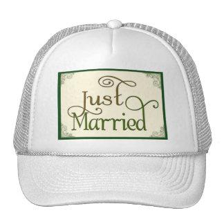 Apenas casado en fuente de la diversión del remoli gorros