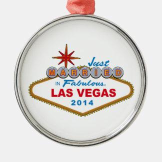 Apenas casado en Las Vegas fabuloso 2014 (muestra) Adorno Navideño Redondo De Metal