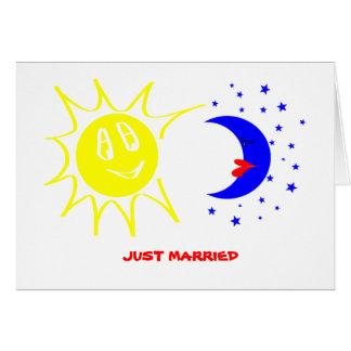 Apenas casado tarjetón
