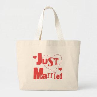 Apenas corazón rojo casado bolsa tela grande