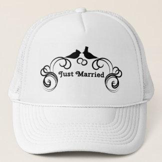 Apenas gorra casado del camionero