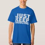 Apenas guarde la camisa del fiesta de baile