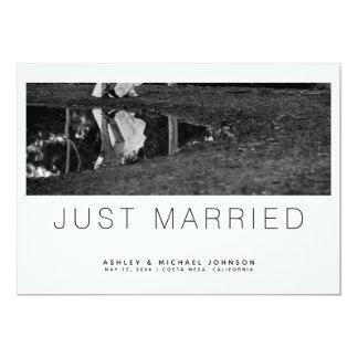 Apenas invitación minimalista casada del boda de