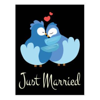 Apenas postal negra casada del boda de los
