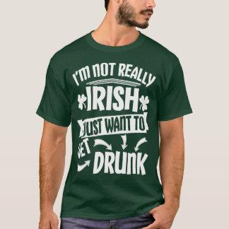 Apenas quiera conseguir bebido camiseta